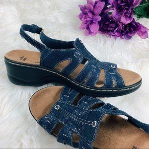 Clarks Soft Cushion Navy Blue Snake Skin Sandals